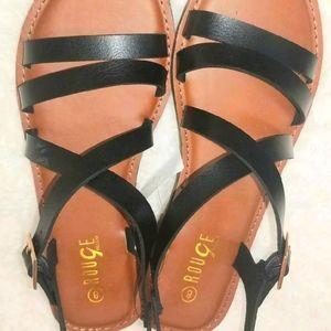 On-Trend Two Band and Crisscrossed Strap Sandals